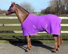 QHP  Fleecedecke color mit kreuzgurten Passion Flower 215